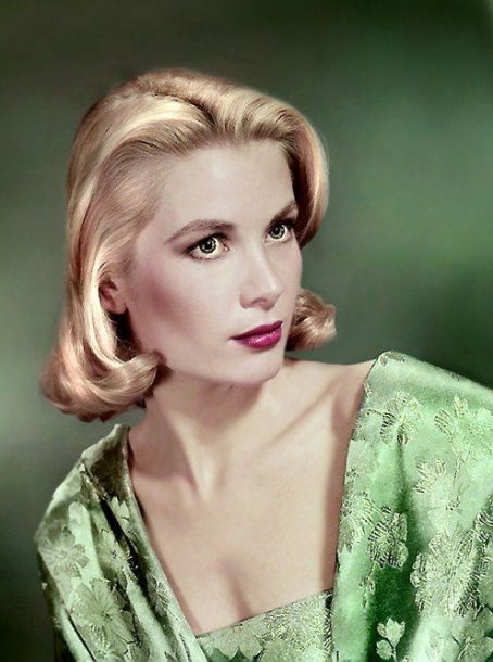 9: GRACE KELLY  REINE ET PRINCESSE grace-k