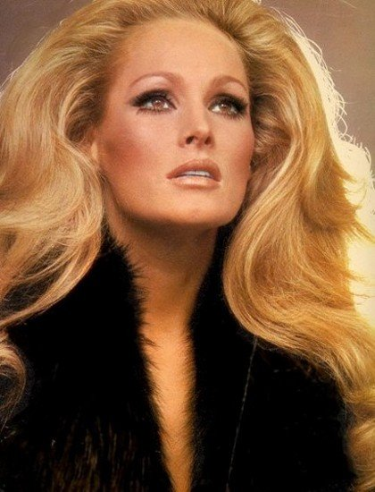 24 URSULA ANDRESS SHE ursula2
